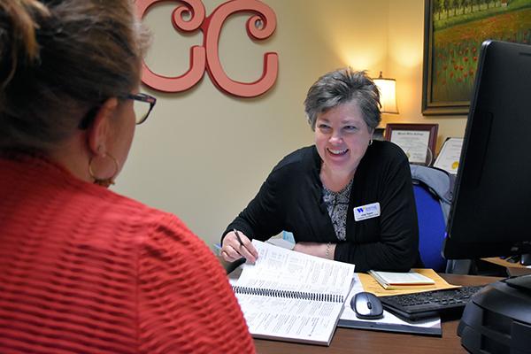 Lisa Taylor advises a Wayne Community College student.