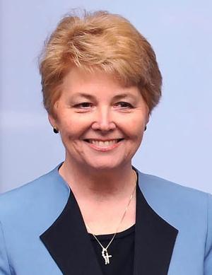 Dr. Lisa Chapman